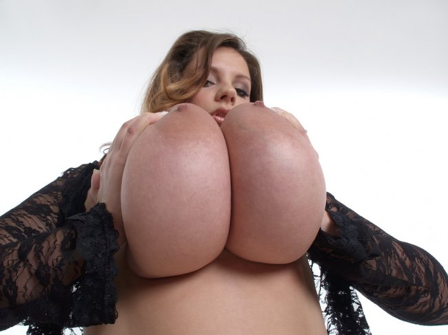 HQ BIG TITS HQ FOTO